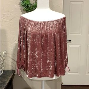 American Eagle OTS velvet feel top. Size XL